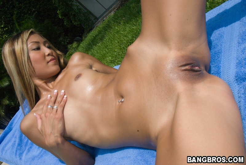 Nude asian cougar galleries